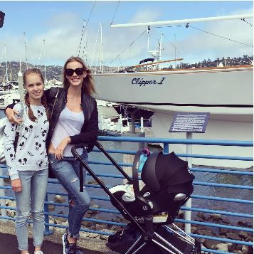 The gorgeous Anne V with her girls (and a CYBEX Priam in Sausalito. So chic!