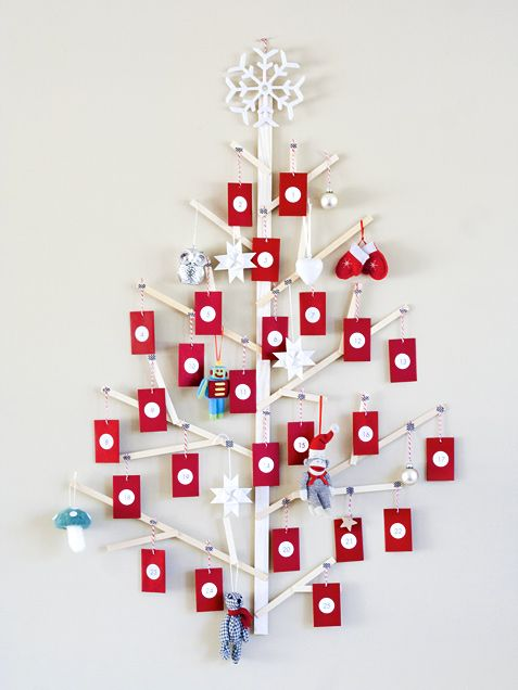 Gorgeous (Easy!) Wooden Advent Tree. #HoliDIY http://www.ivillage.com/diy-wooden-advent-tree-decoration/6-a-552755