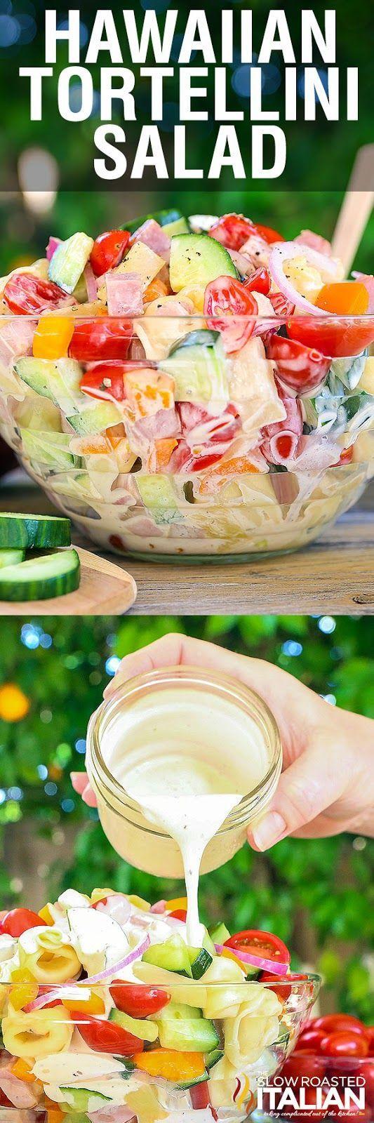 Completa la decoración de tu fiesta luau con este tip. Utiliza fruta y comida para crear una mesa de colores exóticos. #fiesta #hawaiana