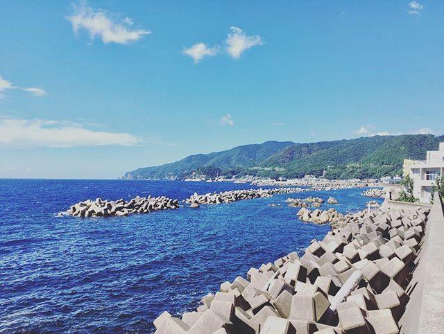 . . ☍☍☍☍☍☍☍☍☍☍☍☍☍☍☍☍☍☍☍☍☍☍☍☍ #秋 #寒い #冷たい #暑い #海 #青 #好き #きれい #海のある生活 #砂浜 #景色 #青空 #晴れ #旅行 #肉 #焼肉 #bbq #毎日 #休日 #楽しい #明日も休み #ストレス発散 #雨 #フォロー #フォローミー #japan #island