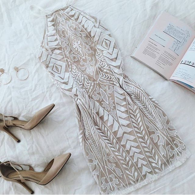 Pretty lace silhouette dresses II The Pillowtalk Dress is one of our best sellers!! It was $75 ---> $60 SHOP DRESSES --> www.muraboutique.com.au #muraboutique #flatlay #lace