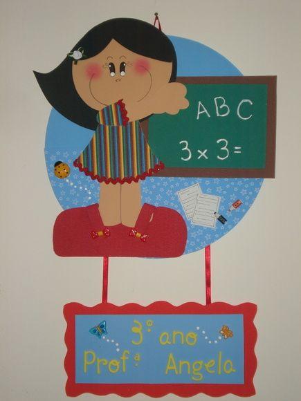 Placa de porta para identificar e decorar sua sala de aula. Produzida de acordo com suas preferências!!!