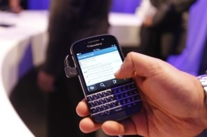 BlackBerry Q10 Review – BlackBerry 10 OS with physical QWERTY keypad