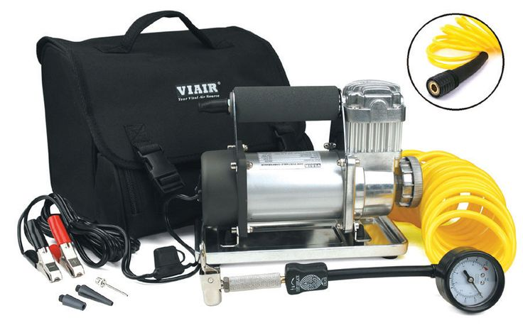 300P is a larger portable compressor kit that is capable of inflating up to 33-inch tires easily by simply clamping the power leads to your battery, connecting the tire chuck to valve stem and turning the unit on. The tire pressure can be monitored using the 5-in-1 inflator/deflator inline pressure gauge.