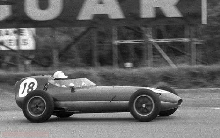 1958 British GP, Silverstone : Alan Stacey, Lotus-Climax 16 #18, Team Lotus, Retired (overheating, lap 19). (ph: © J. Ross)