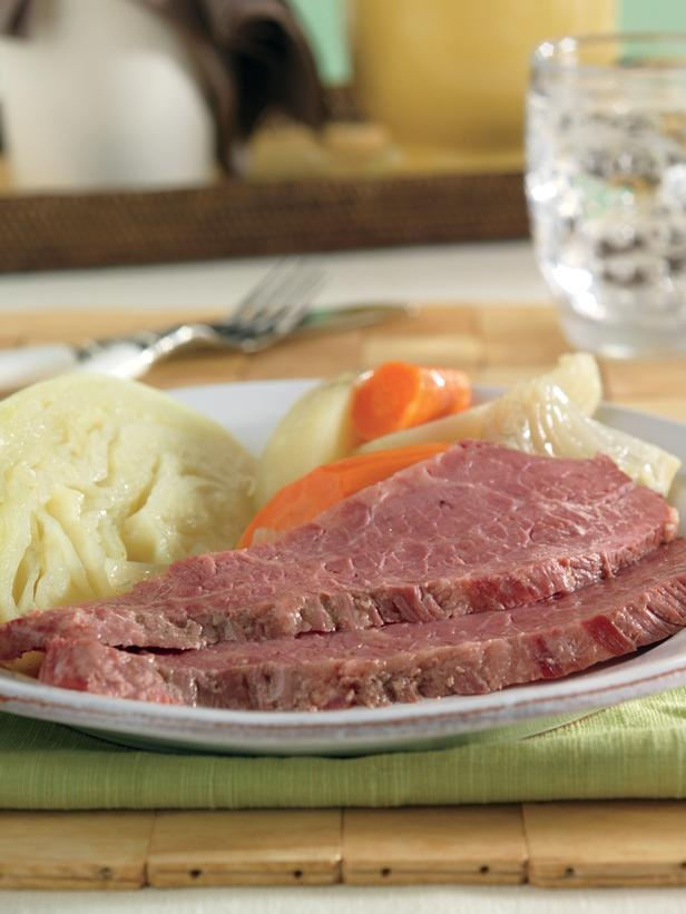 199 best corned beef and cabbage images on pinterest corned beef 199 best corned beef and cabbage images on pinterest corned beef and cabbage cabbage recipes and corned beef recipes ccuart Gallery
