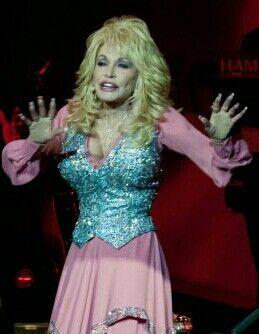 Dolly Parton Blue Smoke World Tour