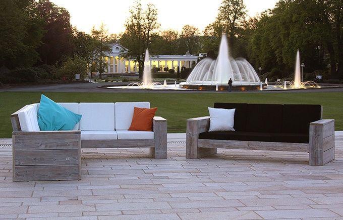 Das WITTEKIND Lounge Ecksofa wird in Ihrem privaten oder gewerblich genutzten Outdoor-Bereich zum echten Hingucker, stilvoll und gleichzeitig bodenständig und bequem.