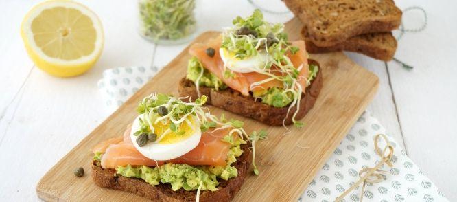Sandwich Met Zalm En Avocado recept | Smulweb.nl