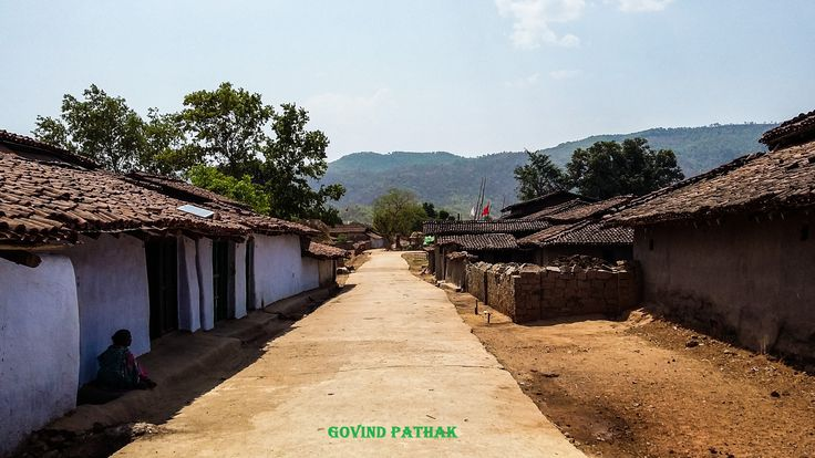 Sarnadih village near mahuadanr wolf sanctuary Latehar. #incredibleindia