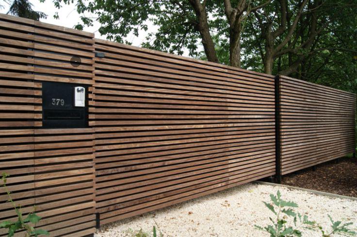 Portail bois coulissant tori portails portail pinterest camouflage for Cloture jardin contemporaine