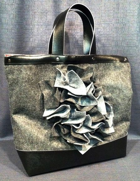 Christopher Straub has a lesson on texture and creating a custom bag. @brothersews #ItsSewEasyTV