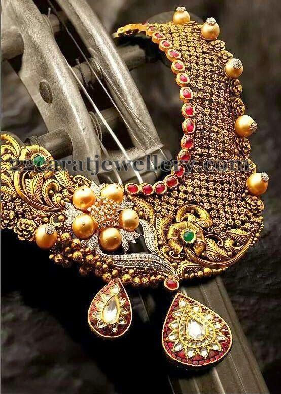 Jewellery Designs: Pearls Embellished Dull Finish Choker