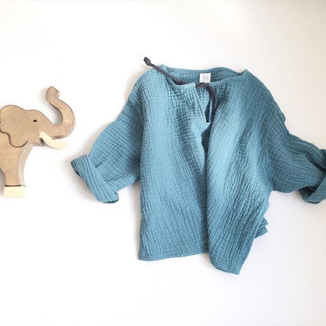• light & soft • #lightandsoft#forsummerdays#andnights#cosy#liilu#babyandkidswear#bluegrey#kurta#handmade#organic#musselin#goforit