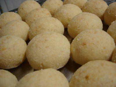 Pão de queijo com batata   Pães e salgados > Pão de Queijo   Receitas Gshow