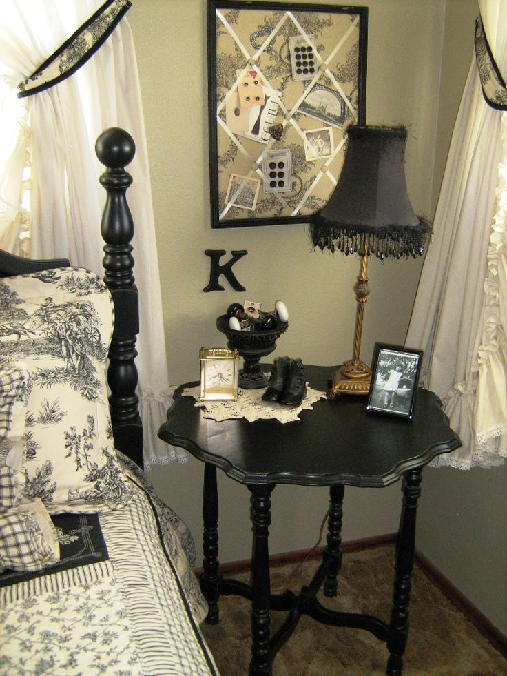 French Country Bedroom | Kindred Style: French Country Bedroom (móveis  Antigos Com Cara De
