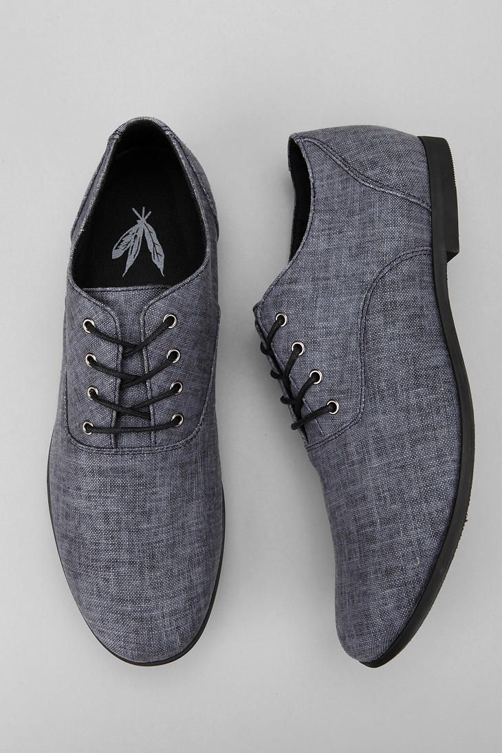 Gray dress shoes