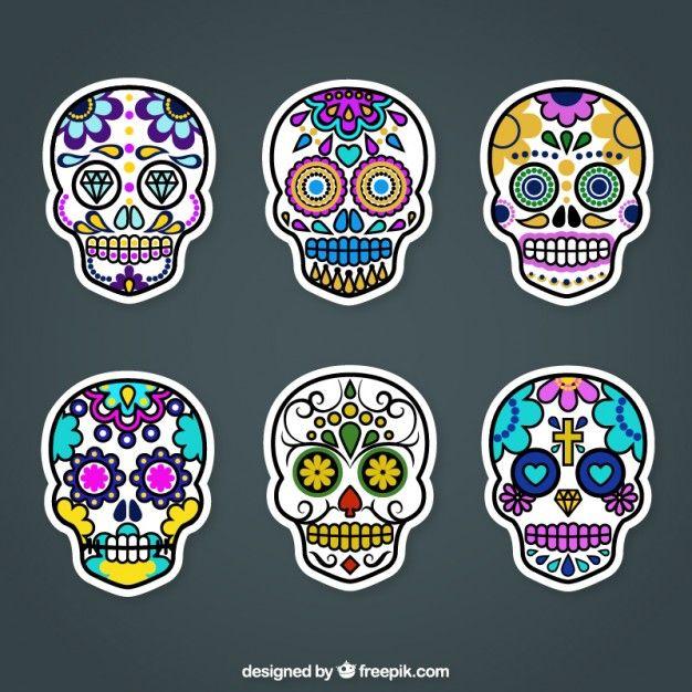 Etiquetas cráneo de azúcar coloridos Vector Gratis