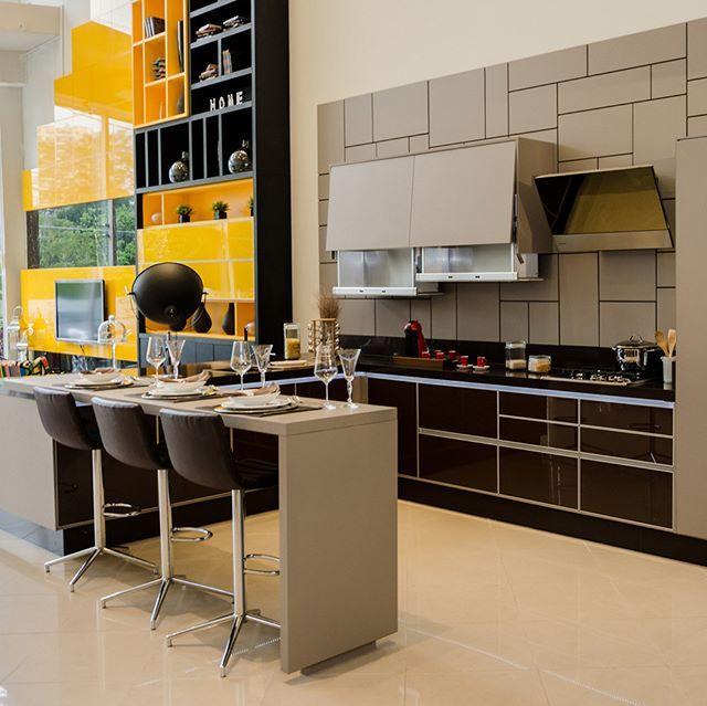 #showroom #santoandre #saobernardodocampo #saocaetanodosul#moveisplanejados #cozinhaplanejada #cozinha #inspiracao #inspiration PlannedFurniture #Planned #Furniture #InspirationFurniture #Inspirations #Designer design #interiordesign #DesigndeInteriores #Design #interior #Arquiteto #TheArchitecture #Architecture #GestaodeObras #Gestao #Obras #Planejados #Moveis #Móveis