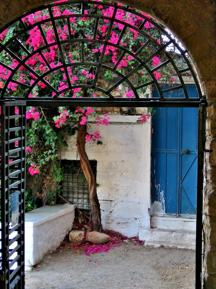 Kalamata has three districts - the seafront, the residential quarter with its strict grid plan, and the Old Town with its wandering narrow streets - Kalamata Greece