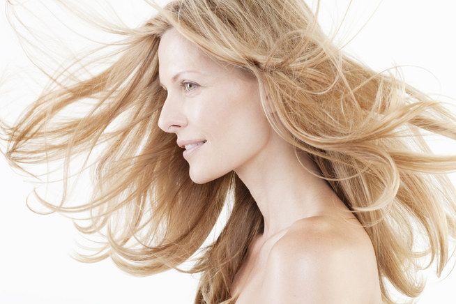 Beauty trend: capelli dorati per l'estate 2014