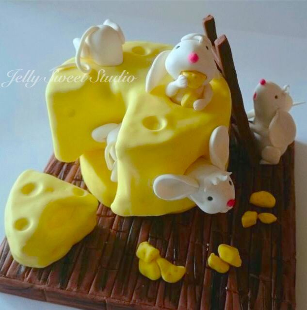 Cheese and mouses cake