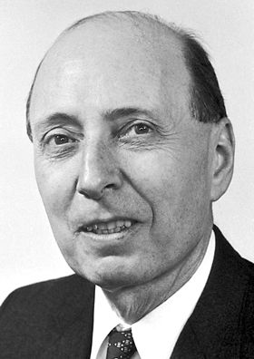 """Eugene Paul Wigner 1963 Born: 17 November 1902, Budapest, Austria-Hungary Died: 1 January 1995, Princeton, NJ, USA Affiliation at the time of the award: Princeton University, Princeton, NJ, USA Prize motivation: """"for his contributions to the theory of the atomic nucleus and the elementary particles, particularly through the discovery and application of fundamental symmetry principles"""" Field: Nuclear physics, particle physics"""