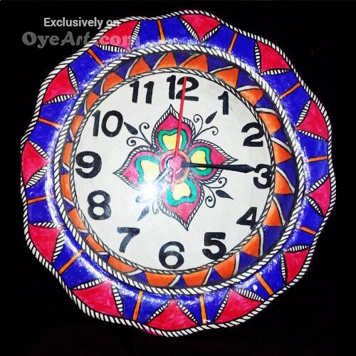 Is your #Living room lacking that one thing to tell the #time AND #decorate, get this #hand-painted #clock today.