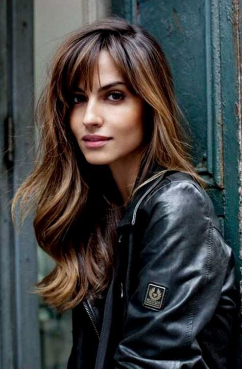 57 Of The Most Beautiful Long Hairstyles with Bangs #long #hair #bangs #2017 #sideswept #fringes #BangsHairstylesSideswept