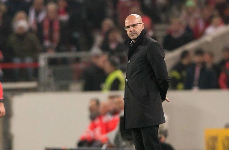 Bosz: Kalah dari Stuttgart Sangat Menyakitkan -  http://bit.ly/2AZFDLc