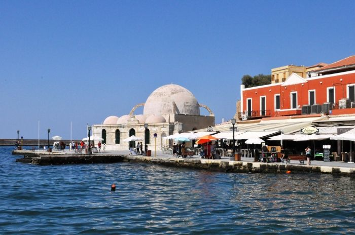 The Ottoman Baths are found in the Venetian Harbor of Chania Town and they used to host the Turkish Hammams. Today they are not in use but they have become a landmark of the city.