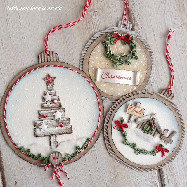 Poche ore al Natale...  un piccolo post in questo  giorno di Vigilia  per salutare e ringraziare  di cuore, per l' affetto e l' amicizia, ...