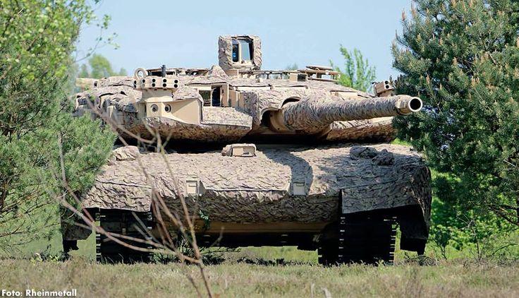 Basis des neuen Leopard 2 Technologie-Demonstrators von Rheinmetall ist die Konfiguration Leopard 2 A4, dessen Turm vollständig ausgeräumt und mit digitalen Beobachtungs- und Feuerleiteinrichtungen ausgerüstet wurde. Raum- und Gewichtsgewinn stehen für andere Einbauten zur Verfügung. Das modulare Ausrüstungskonzept ermöglicht einerseits die extensive Berücksichtigung von militärischen Forderungen der Nutzer und stellt andererseits ein weitgehendes Aufwuchspotenzial sicher.