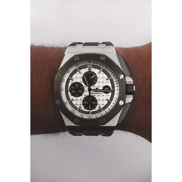 AUDEMARS PIGUET || Royal OAK Offshore 44mm Stainless Steel  #Rolex #AP #Patek #luxury #timepiece #watches #swissmade #watchmaking #follow #like #fun #happy #iphoneonly #instagood #goodlife #wristwatch #lange #me #awsome #amazing #gentleman #love #gold #suit #tourbillon #platinum #watchesofinstagram #lovewatches #hublot #chronograph by x_gpa