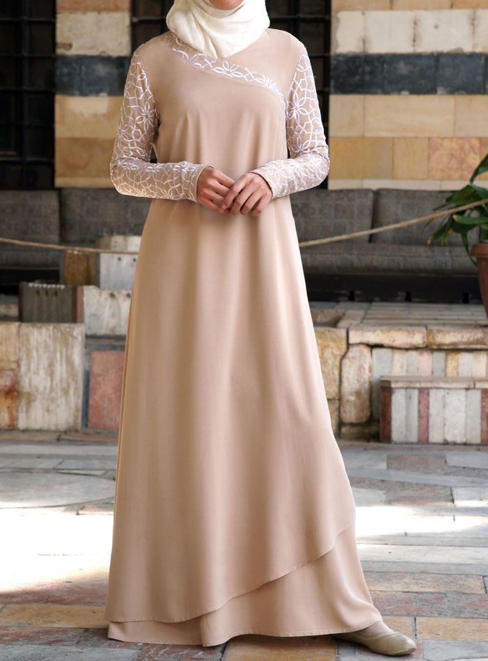 SHUKR USA | Double Layered Embroidered Gown
