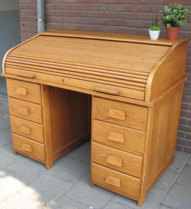 Antiek eiken bureau rolbureau buro secretaire cilinderbureau. #BlijeSpullen.nl | Amersfoort