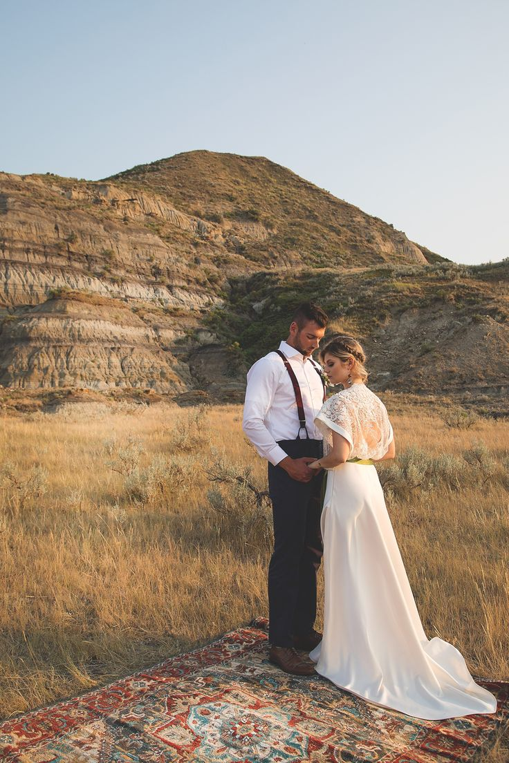 Boho wedding - Boho wedding dress - Boho wedding inspiration - Photography by Jackie Hall Photography - Regina SK