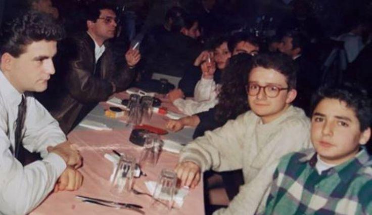 Μια φωτό από τη δεκαετία του 80 και τα ...νιάτα του ΠΑΣΟΚ-Τους γνωρίζετε;