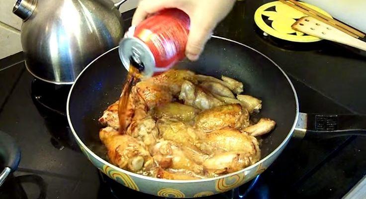 Pochi ingredienti, pochissimo tempo e una breve preparazione e la ricetta del pollo alla coca Cola è fatta.