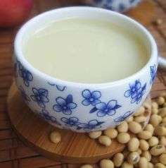 """Apple Soya MilkIngredients:50g Dried soybeans, soaked1 Apple, dicedDirections:Place all the ingredients in the soymilk maker;Pour enough water;Press """"soymilk"""" button to start making the soymilk,Allow to cool slightly and then enjoy  Stir in honey or sugar as desired.Health Benefits:Improve heart health, relieve constipation, make skin smoothy, promote digestive health, improve memory, weight loss,"""