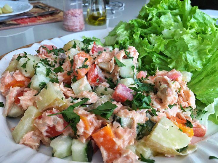 Salada de Salmão muito rápida de fazer - Receita Whole 30 e Paleo