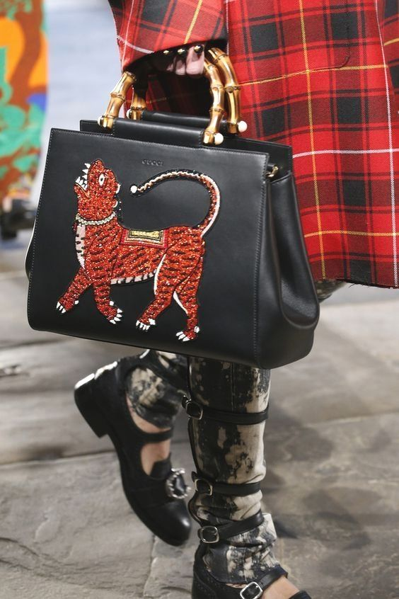 f9f120ffbd4d Gucci Fashion Show details   more leather purse