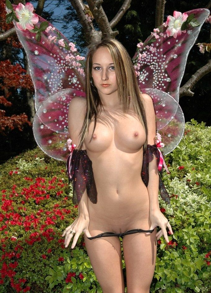 Free leelee sobieski nude porn pics