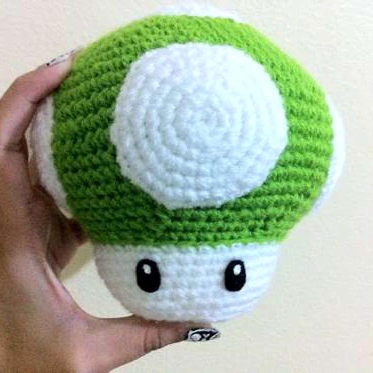 1-Up Mushroom - Free Mario Amigurumi Pattern