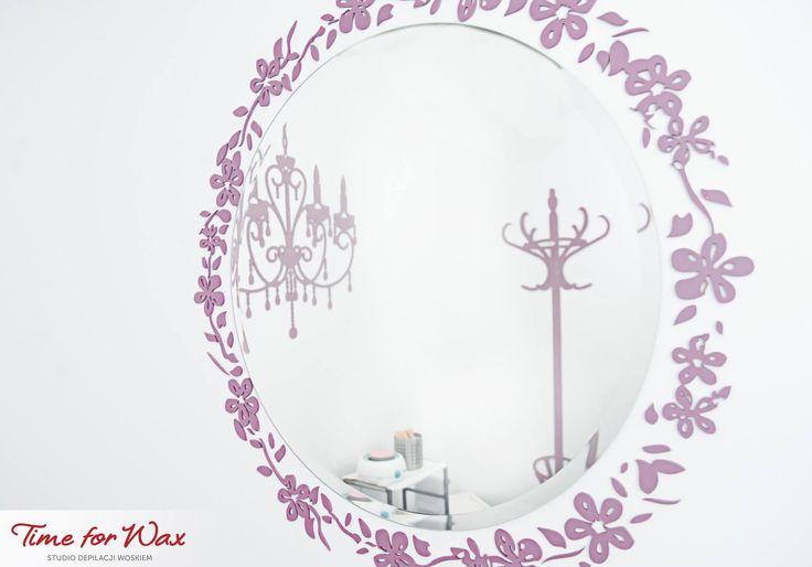 Jak Wam się podobają kolorowe elementy w naszych salonach?