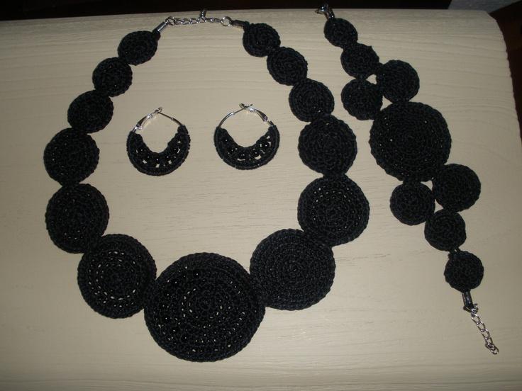collar, pendientes y pulseras conjunto circulos....