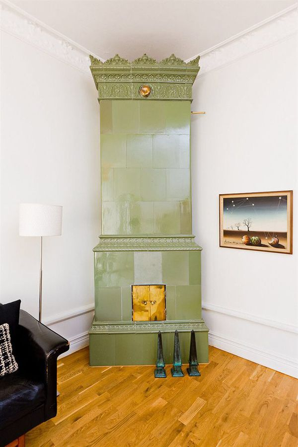 Green tile Swedish stove