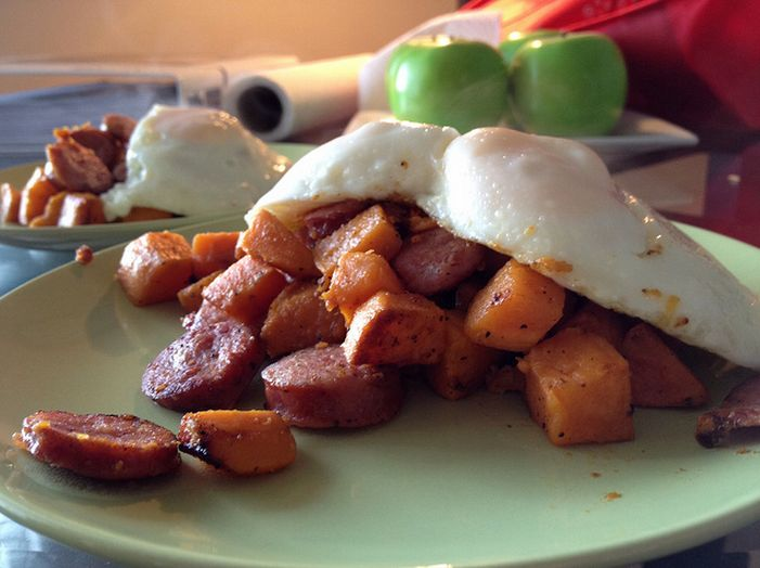 Sweet potato hash with fried eggs | sweet potato | Pinterest