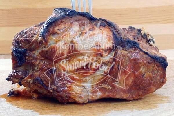 Der Salzbraten frisch aus dem Ofen mit schöner Kruste