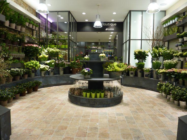 Les 62 meilleures images propos de agencement magasin de fleurs sur pinterest shops for Magasin amenagement jardin